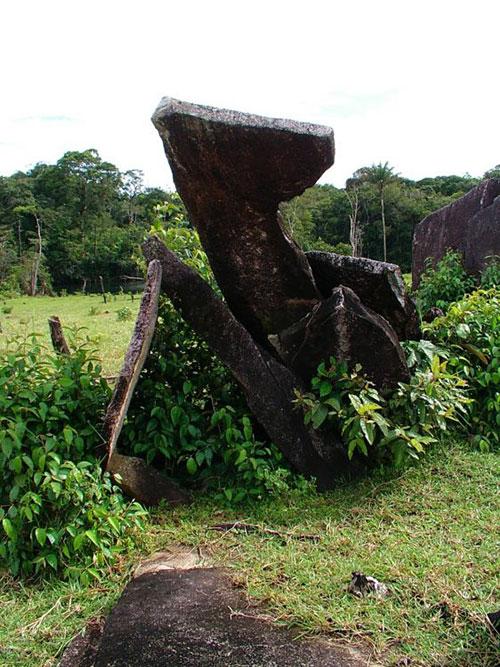 «Амазонский Стоунхендж» в Бразилии. Диаметр ок. 30 м