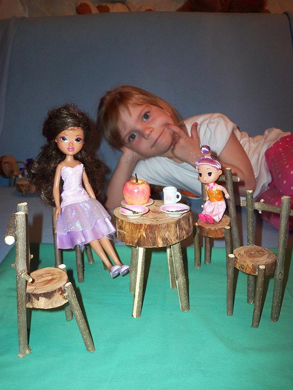 Мебель для кукол своими руками из подручных материалов 3