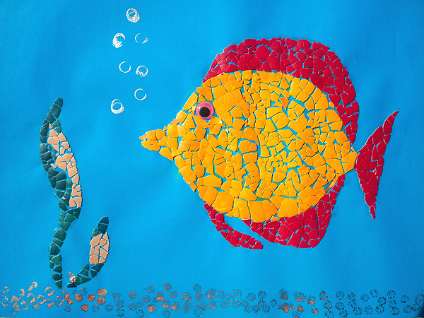 Рыбка из яичной скорлупы