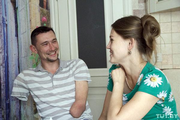 Алексей Талай с супругой Анастасией. Фото: tut.by