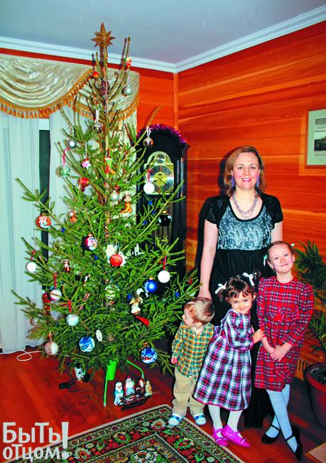 Жена Владимира Легойды Анастасия и его дети Лиза, Аня и Рома. Фото из личного архива